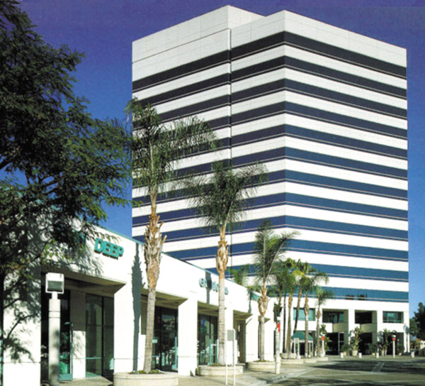 Picture 1 Huntington Beach Plaza Offices