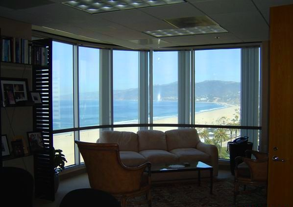 Santa Monica Day Office - Fully Equipped