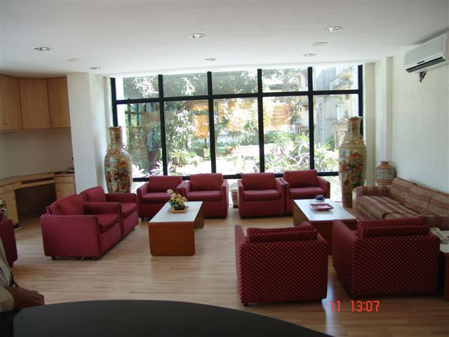 Picture 3 DBS House