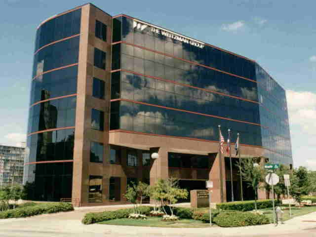 Picture 1 Turtle Creek Business Center
