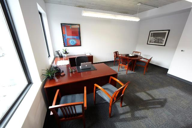 Chicago Day Office - Fully Equipped