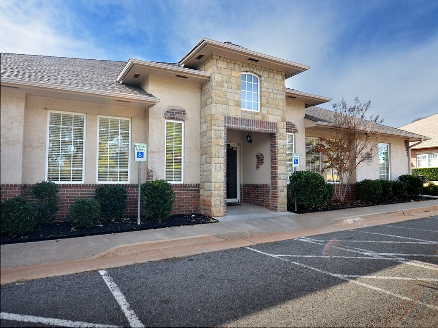 Office Space, Virual Office and Meeting Room in Edmond