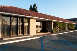 Serviced Office Space, Virual Office and Meeting Room in Newport Beach, CA