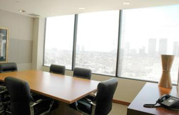 Stylish Conference and Meeting Rooms in Beverly Hills