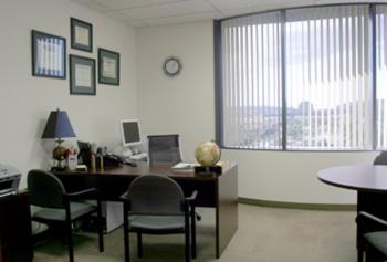 San Diego Office Space - Accommodating Commons Area