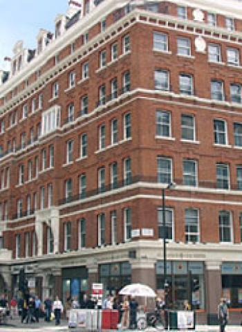 London Victoria  Offices - Building Exterior