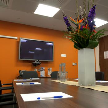 This London City Office Has Nice Board Rooms and Meeting Rooms