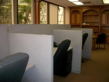 Boca Raton Office Space - Accommodating Commons Area